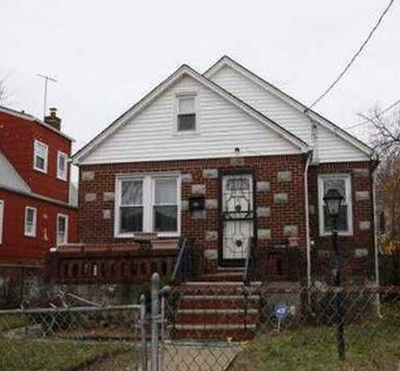 176 St, Queens, NY 11413