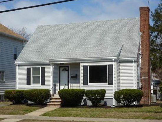 555 Eastern Ave, Lynn, MA 01902