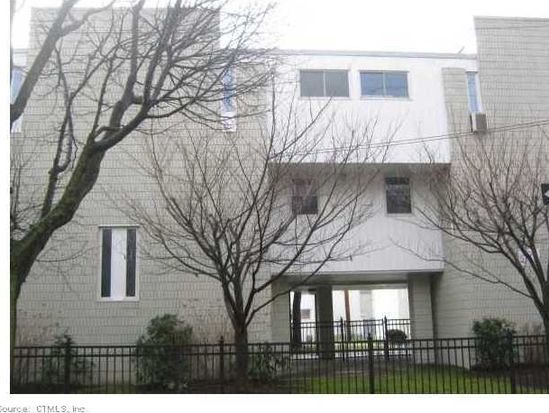 190 Wooster St APT 2, New Haven, CT 06511