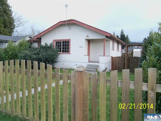 1312 Georgiana St, Port Angeles, WA 98362