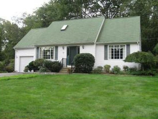 99 Weaver Rd, North Kingstown, RI 02852