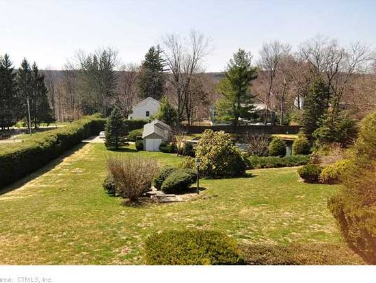 319 White Ave, Middlebury, CT 06762