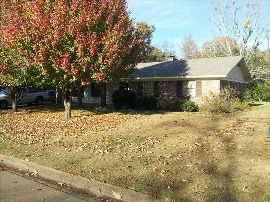 1305 Tanglewood Dr, Clinton, MS 39056