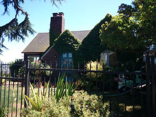2556 1st Ave N, Seattle, WA 98109