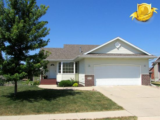 3614 Jackson Ave, Spirit Lake, IA 51360
