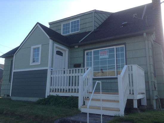 703 N 7th Ave, Kelso, WA 98626
