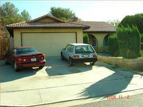 530 Suzanne St, Ridgecrest, CA 93555