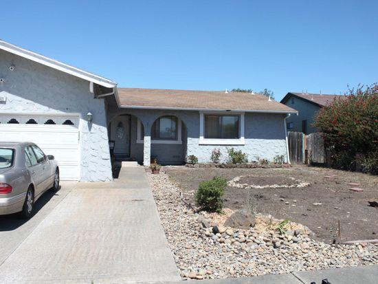 420 Kehoe Ave, Half Moon Bay, CA 94019