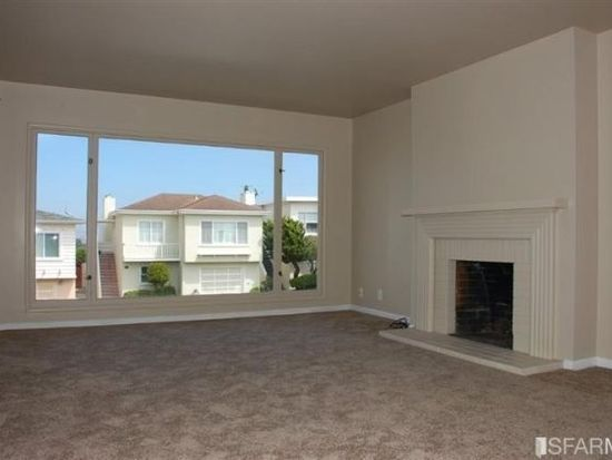 8 Avalon Dr, Daly City, CA 94015