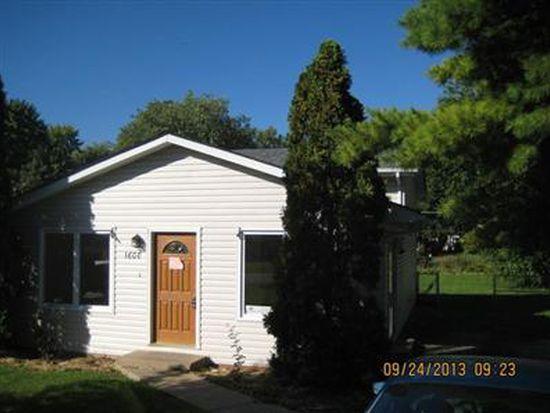 1608 N Poplar Ave, Round Lake Beach, IL 60073
