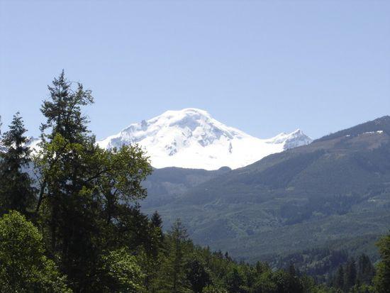 7509 Canyon View Dr, Deming, WA 98244