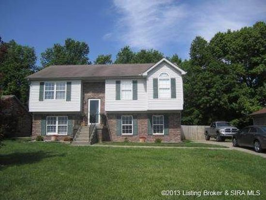 330 Greenway Dr, Scottsburg, IN 47170