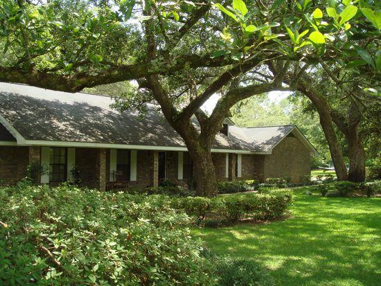 24281 Oaklawn Plantation Rd, Pass Christian, MS 39571