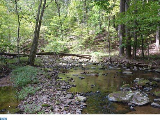 1655 Hollow Rd, Chester Springs, PA 19425