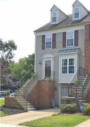 14501 Brookmoor Ln, Centreville, VA 20120