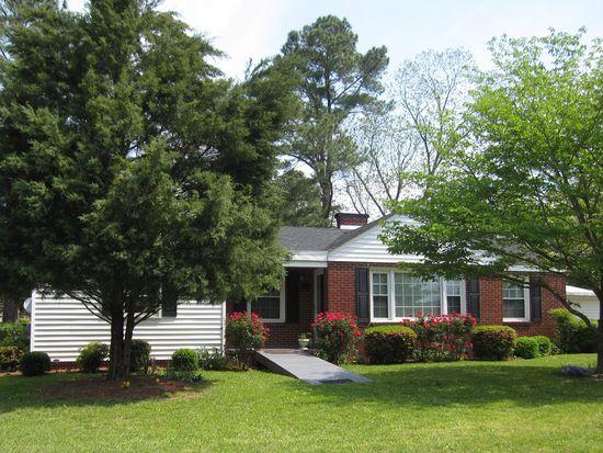2901 Jefferson Dr, Greenville, NC 27858