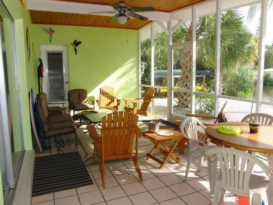 266 Ohio Ave, Fort Myers Beach, FL 33931