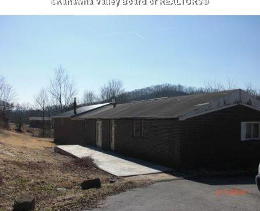 364 Mistletoe Ln, Elkview, WV 25071