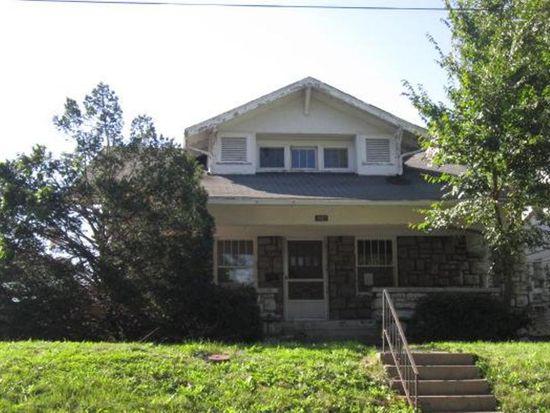 1027 W White Oak St, Independence, MO 64050