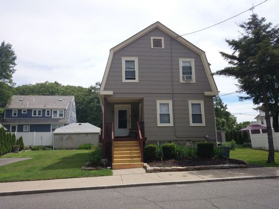 42 Edgemere Rd, Boston, MA 02132