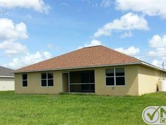 2505 68th St W, Lehigh Acres, FL 33971