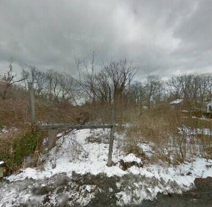 247-25 Railroad Ave, Little Neck, NY 11363