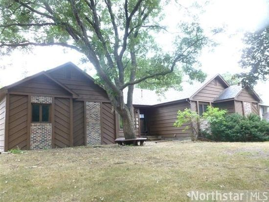 350 104th Ln NW, Coon Rapids, MN 55448