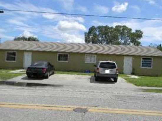 1732 Oak Dr, Fort Myers, FL 33907