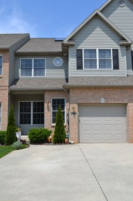 6629 Mine Dr, Macungie, PA 18062
