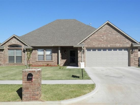 2206 SW 56th St, Lawton, OK 73505