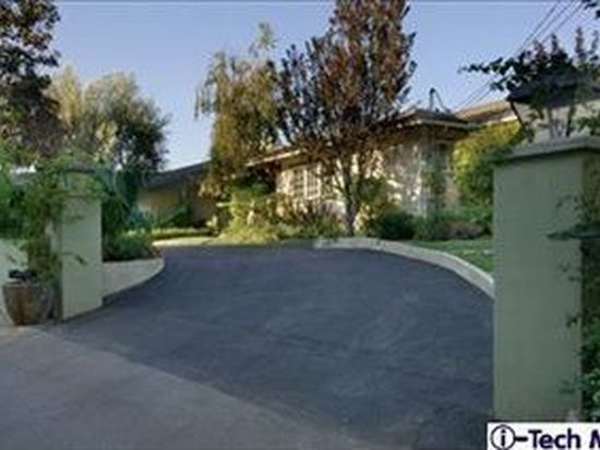 170 Patrician Way, Pasadena, CA 91105