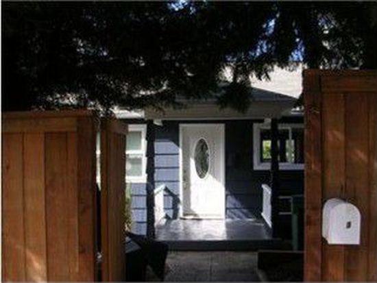 3623 Woodlawn Ave N, Seattle, WA 98103