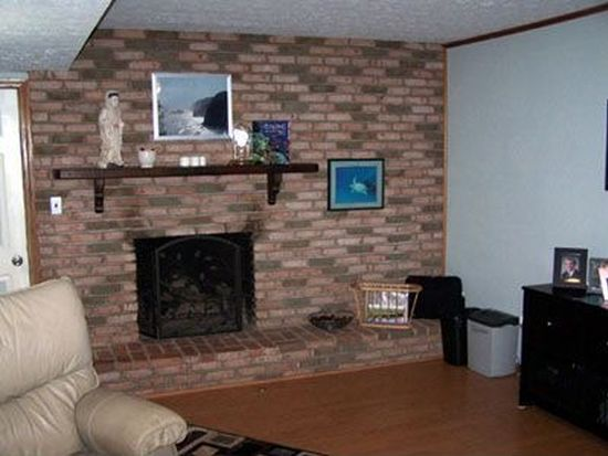 909 Clearwood Rd, Copley, OH 44321