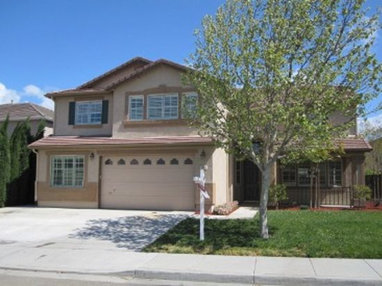 1321 Windsong Dr, Tracy, CA 95377