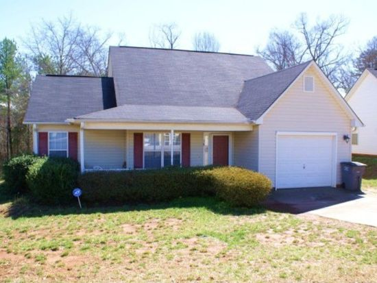 38 Ridge Rd, Greenville, SC 29617