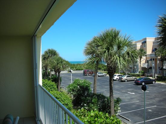 8700 Ridgewood Ave APT A210, Cape Canaveral, FL 32920