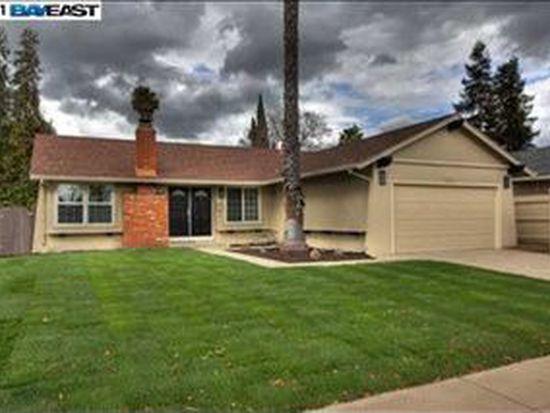 764 Sunset Dr, Livermore, CA 94551