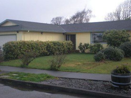 5223 Meadow Ct, Eureka, CA 95503