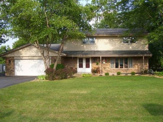 1457 Featherstone Rd, Rockford, IL 61107