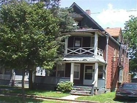 621 E 101st St, Cleveland, OH 44108