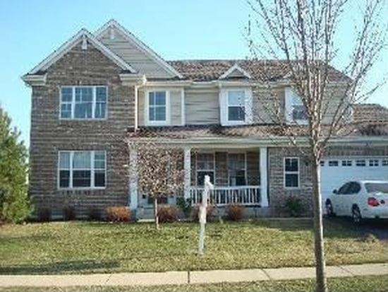 305 Inverness Dr, Cary, IL 60013