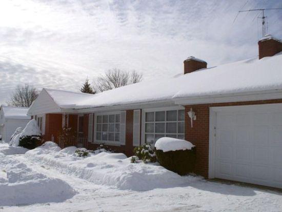 1308 Morrison Dr, Erie, PA 16505