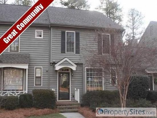 906 Albany Ct, Raleigh, NC 27615