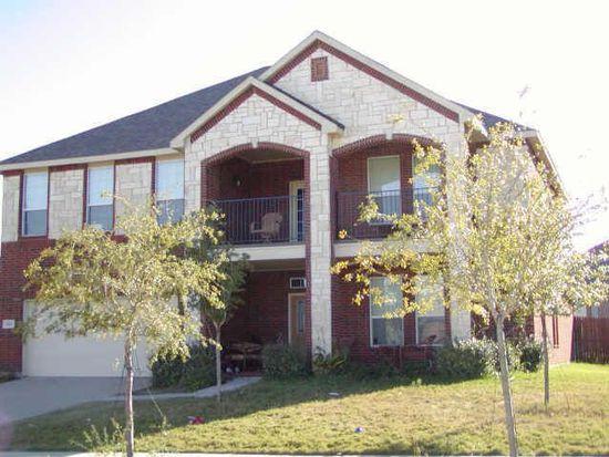 1726 Rock Ridge Dr, Cedar Hill, TX 75104