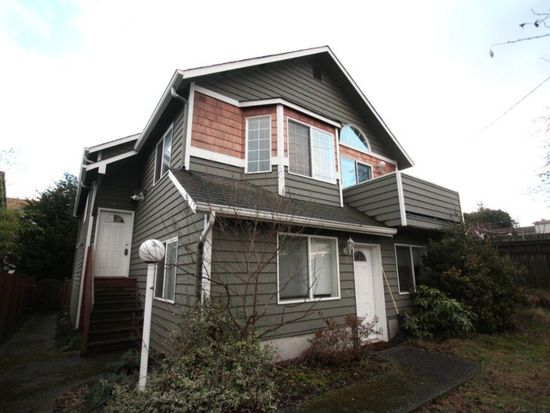 915 N 105th St, Seattle, WA 98133
