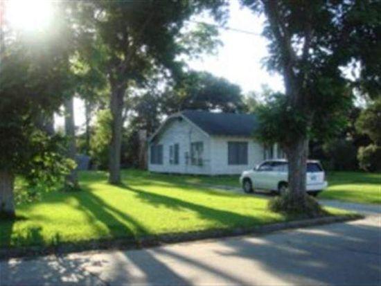 1524 Nall St, Port Neches, TX 77651