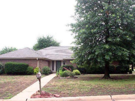 4415 W Country Club Dr, Stillwater, OK 74074