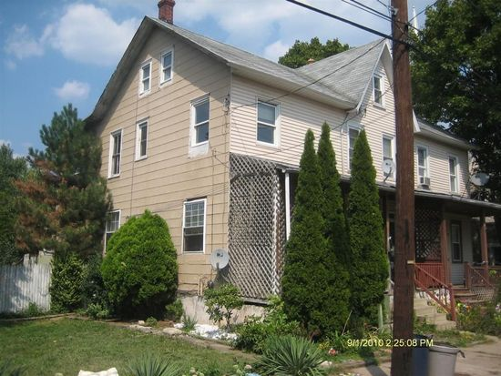 112 Erie Ave, Quakertown, PA 18951