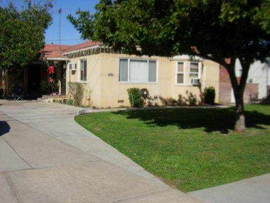 9725 Garfield St, Riverside, CA 92503