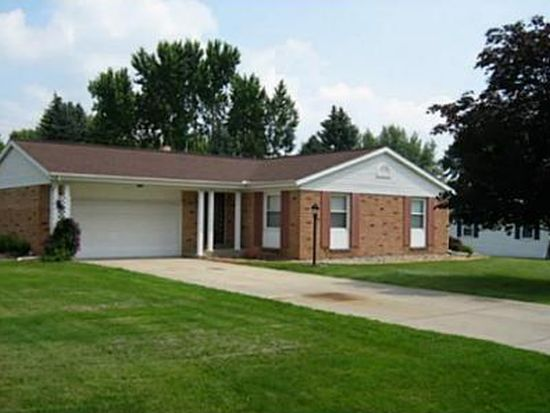 1333 Berkshire Dr, South Bend, IN 46614
